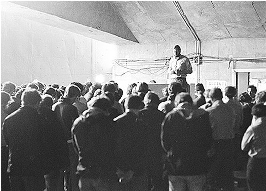 Briefing degli uomini della delta presso la base aerea egiziana di Wadi Abu Shihat, Egypt (referred to as Wadi Kena